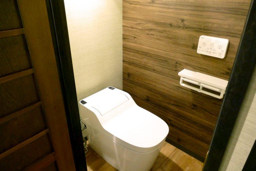 高山市 ゲストハウス トイレ