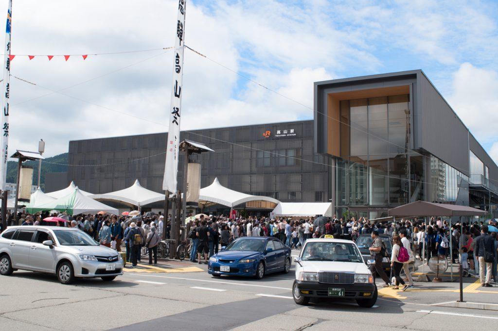 新しいJR高山駅