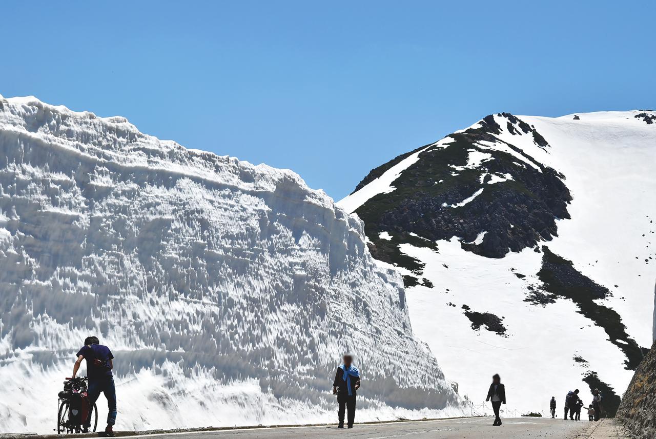 乗鞍スカイライン 雪の壁